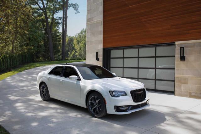 2021 Chrysler 300 Review