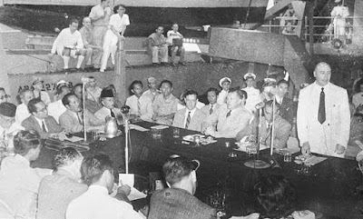 Di negara Indonesia terdapat sedikit jenis perjanjian menyerupai perjanjian linggarjati Sejarah dan Isi Perjanjian Renville