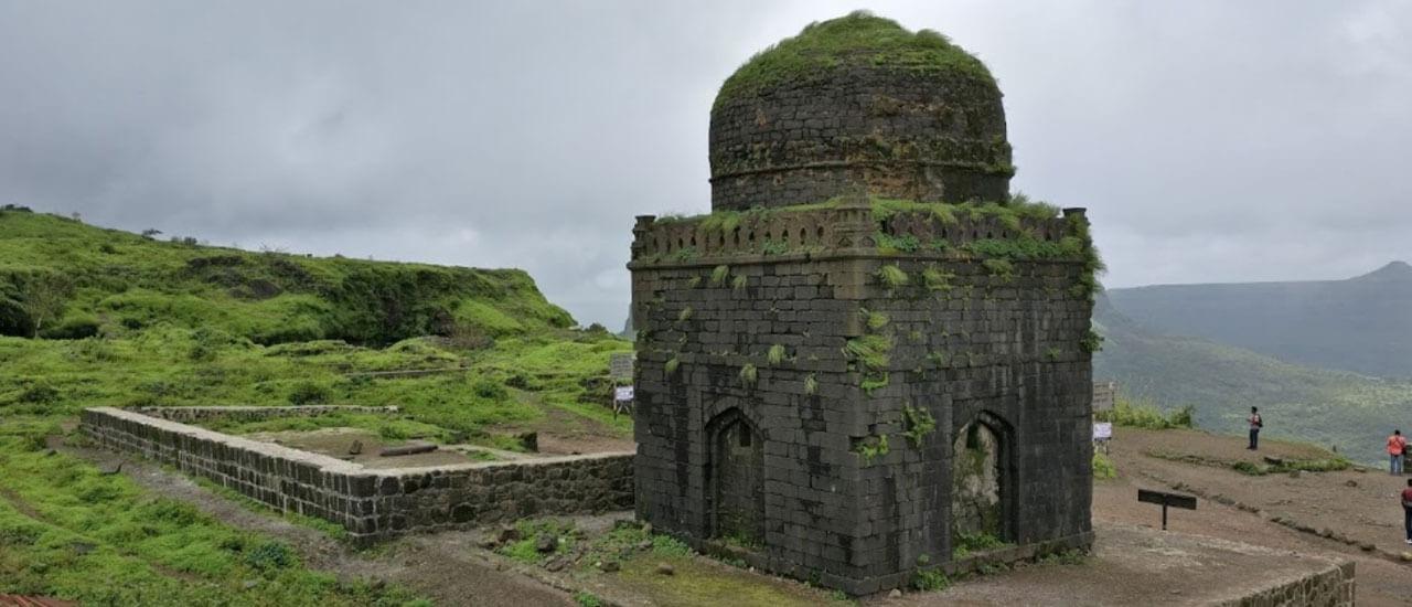 लोहगड किल्ला - Lohagad Fort