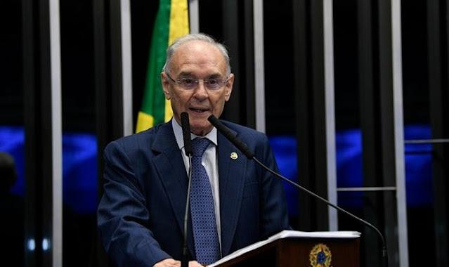 Morre o senador Arolde de Oliveira, proprietário do Grupo MK, vítima da Covid-19