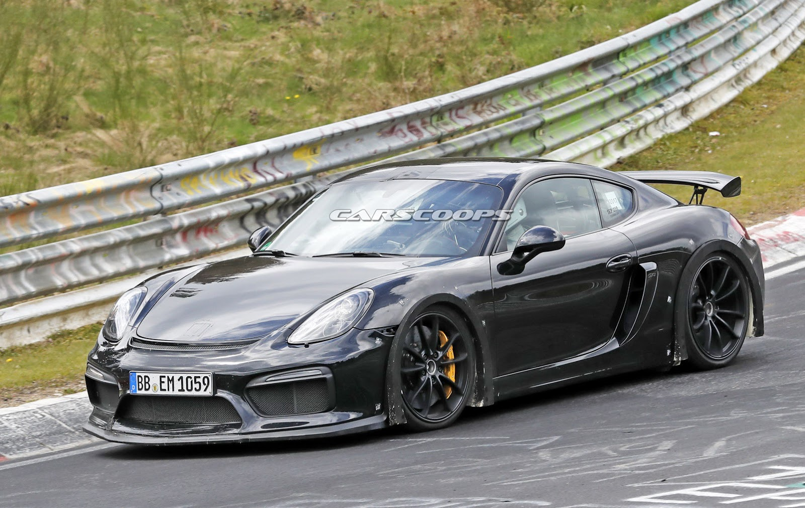 Cayman Gt4 Rs >> Here's The New 2019 Porsche 718 Cayman GT4 - carscoops.com