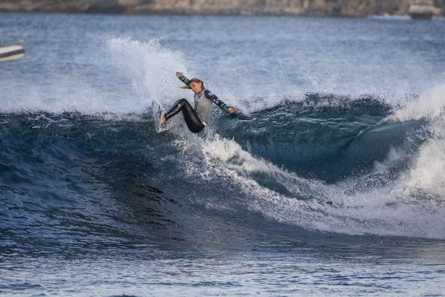 rip curl rottness search surf30 Mia McCarthy4864 Miers