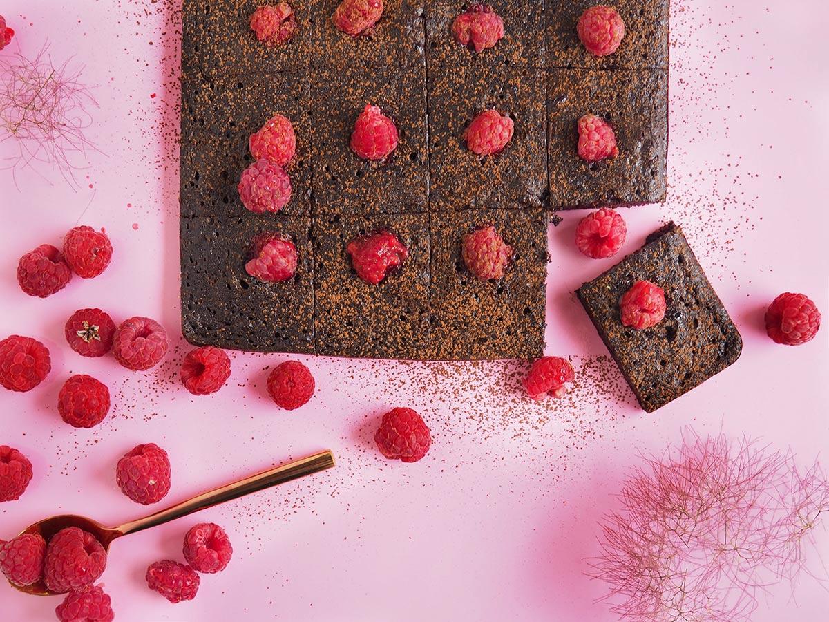 brownie buraczane z malinami bez cukru bez glutenu
