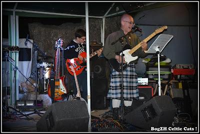 """Guitare et basse Reverend guitars, compo rock celtique """"envoyés par le fond"""""""