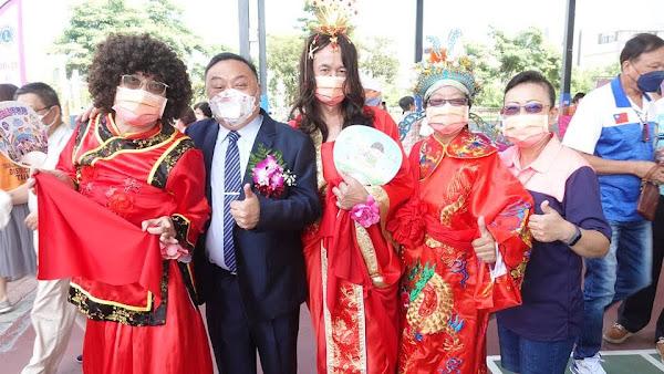 員林市金婚、鑽石婚暨白金婚表揚 268對模範夫妻接受祝福