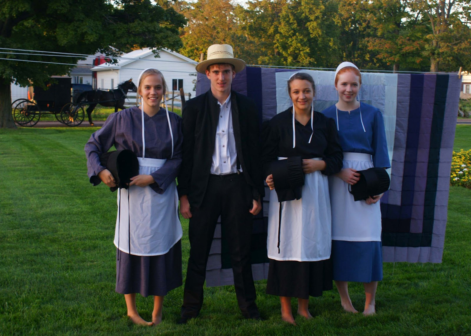 Amish clothing for women