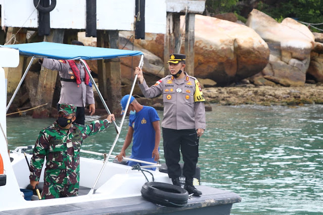 TNI dan Polri Melakukan Patroli di Perairan Perbatasan Tiga Negara Untuk Menjaga Kedaulatan NKRI