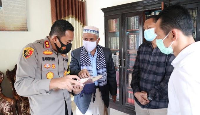 Laksanakan Commander Wish Kapolda Banten, Kapolres Serang Saba Pondok Pesantren di Tanara