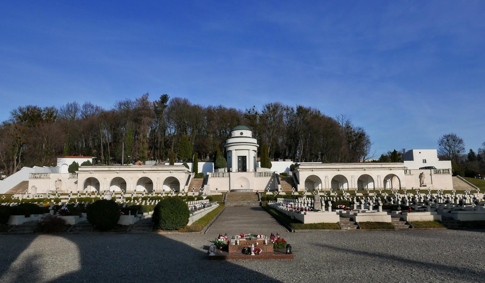 cmentarz orląt lwowskich lwów