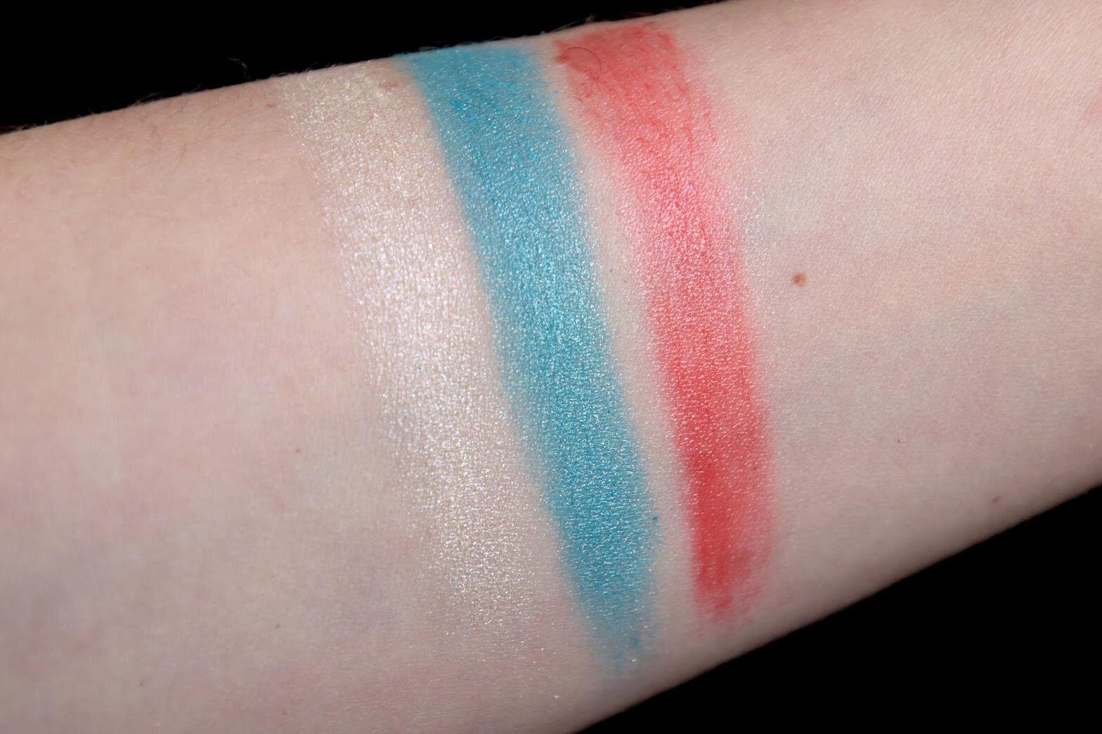 Paul Joe Sparkling Eye Color 002 Lipstick L 400 swatch