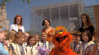 Murray and Ovejita, Murray Has a Little Lamb, Museum of Natural History, Sesame Street Episode 4410 Firefly Show season 44