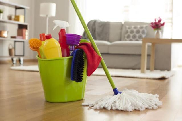 Άργος: Κυρία αναλαμβάνει τον καθαρισμό σπιτιών
