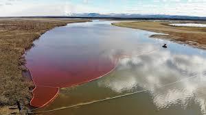 SUNGAI BERWARNA MERAH AKIBAT TUMPAHAN MINYAK (OIL SPILL) DI RUSIA DAN BERPOTENSI MENCEMARI SAMUDERA