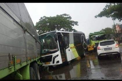 Terlibat Kecelakaan Beruntun 32 Orang Tewas, Berawal Truk Bawa Peti Mati vs Mobil