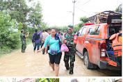 Aksi Heroik Dandim 0604/Karawang Evakuasi Ibu Hamil Saat Banjir