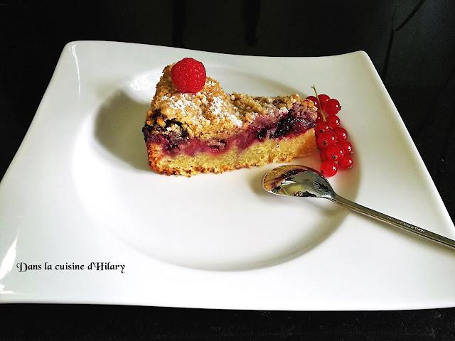Crumb-cake gourmand aux fruits rouges - Dans la cuisine d'Hilary
