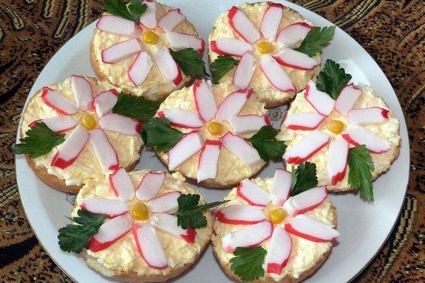 Бутерброды  Крабовые цветы картинка