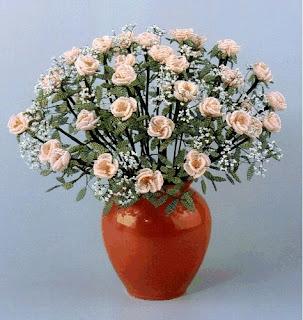 Роза из бисера параллельным плетением