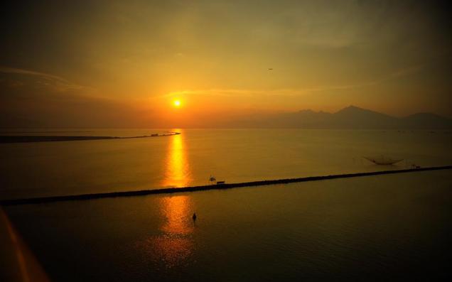 ngọn hải đăng Thuận Phước