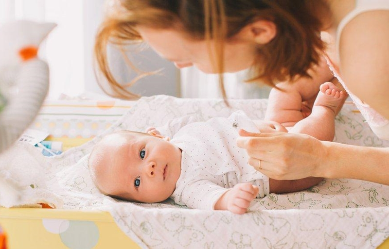 Anne ve babalara sağlıklı bir dokunuş sunuyor