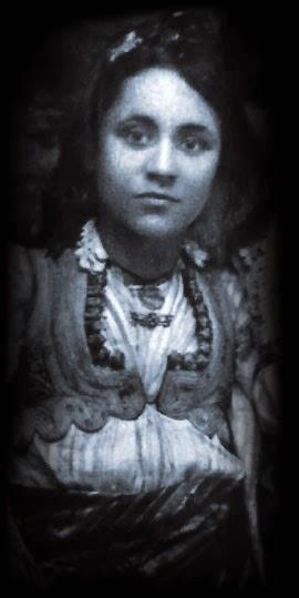 Mother-Teresa-young
