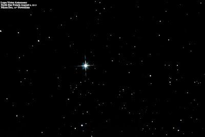Polaris (Steaua Nordului) prin telescop astronomic.