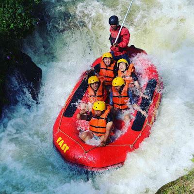 Wahana Rafting Sungai Palayangan