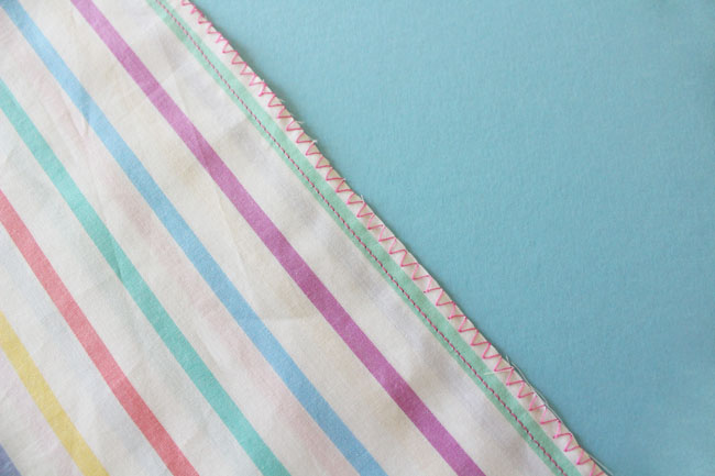 How to Finish Seams with a Zigzag Stitch - Tilly and the Buttons