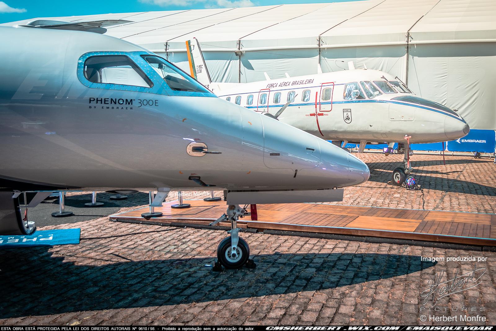 Embraer Phenom 300E | N304EE | Foto © Herbert Monfre - Contrate o fotógrafo em cmsherbert@hotmail.com | by É MAIS QUE VOAR | LABACE 2019