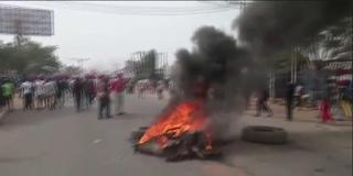 Protesting fulani herdsmen block Benin-Onitsha expressway