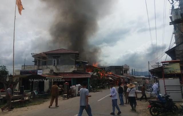 Kebakaran di Bakongan, 9 Rumah Hangus Terbakar