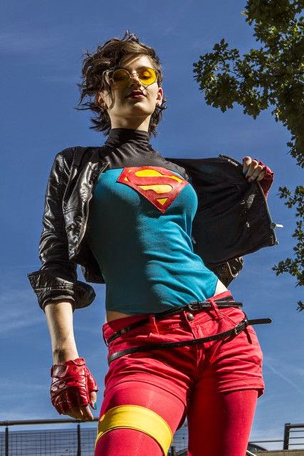 The Troll Dens: Daily Cosplay (Supergirl)