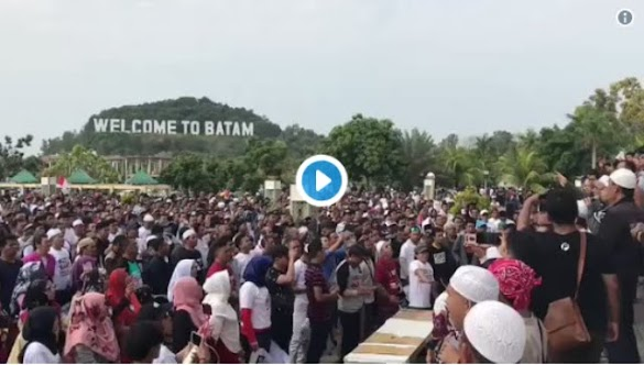 Pecahh! Diberitakan Batal, Deklarasi #2019GantiPresiden di Batam Malah Dipenuhi Lautan Massa