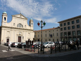 The Piazza del Duomo in Tortona, the city in which Coppi lived at the end of his career