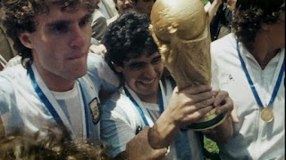 Maradona with his Argentine team celebrating worldcup win