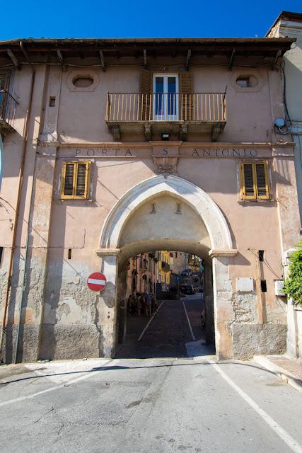 Porta Sant'Antonio-Sulmona
