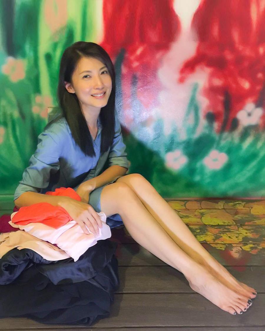 Jeanette Aw artis seksi Singapura wajah china amoy