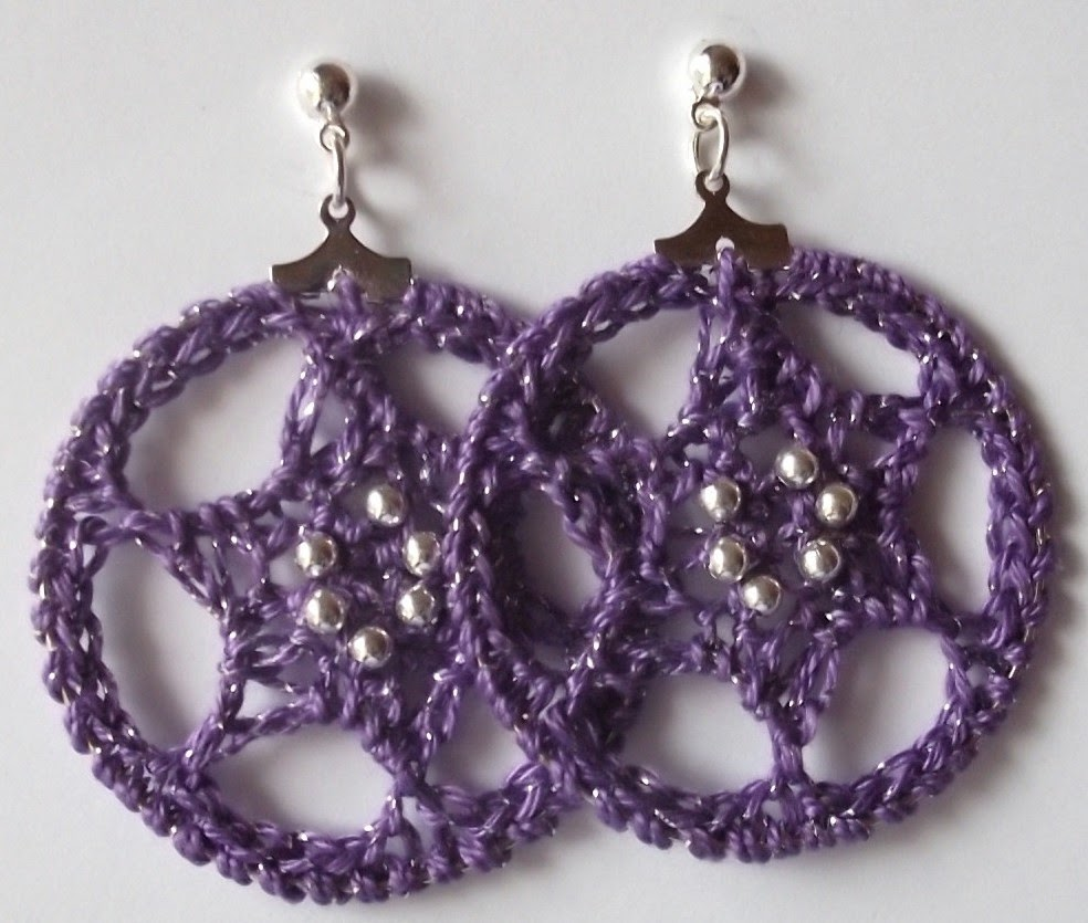 Gossamer Tangles: Hoop-La: Two Patterns for Crocheted Drop ...