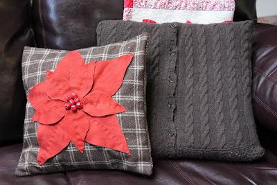 Lucky Knitter Poinsettia Pillow Tutorial