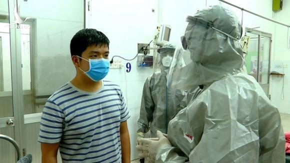 Bệnh nhân bị nhiễm corona ở BV Chợ Rẫy được chữa khỏi bằng thuốc gì?