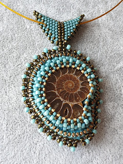 Ammonite fossil necklace - beads embroidery