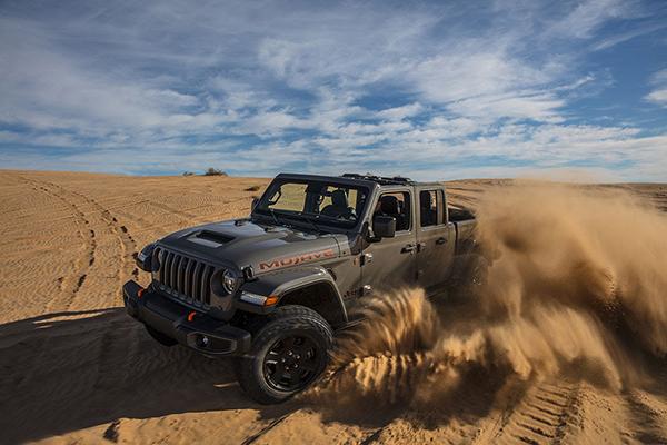 jeep-gladiator-ram-power-wagon-ganadores-premio-gold-winc