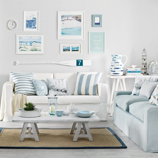 Casual Coastal Living Room Decor Ideas with a Beach Vibe ...