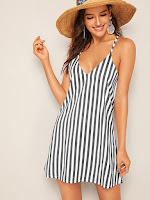https://fr.shein.com/Stripe-Print-Slip-Dress-p-761307-cat-1727.html