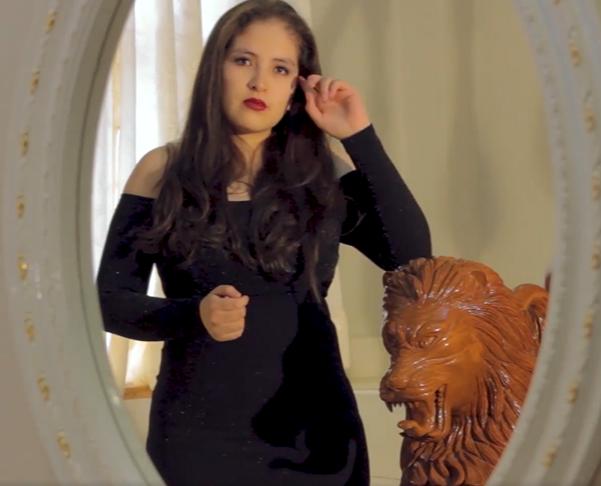 """Ashley Cuenca Zegarra canta y encanta en el programa """"Talentos de mi tierra"""""""