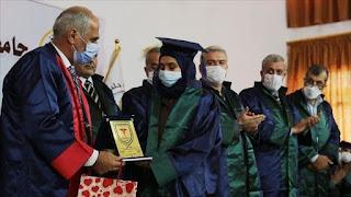 Di Tengah Peperangan, 30 Pemuda-Pemudi Suriah Berhasil Lulus menjadi Dokter