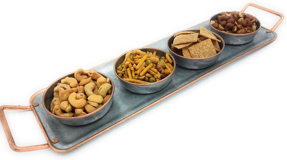appetizer tray with snack bowls