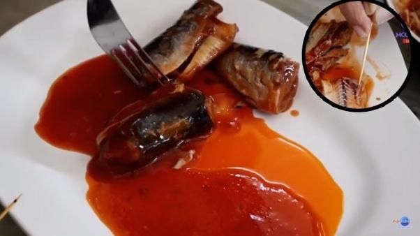 parasit cacing  ikan kaleng dalam keadaan mati