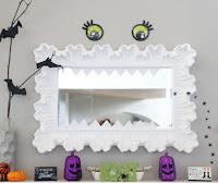http://www.akailochiclife.com/2015/10/decorate-it-halloween-mantel.html