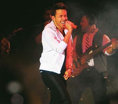 Foto de Prince Royce en el escenario